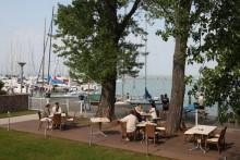 Restaurant mit Balaton-Blick